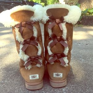 Bailey Bow Tall ll UGG boot in chestnut